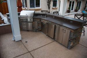 designedby-outdoor-kitchen2