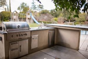 designedby-outdoor-kitchen8
